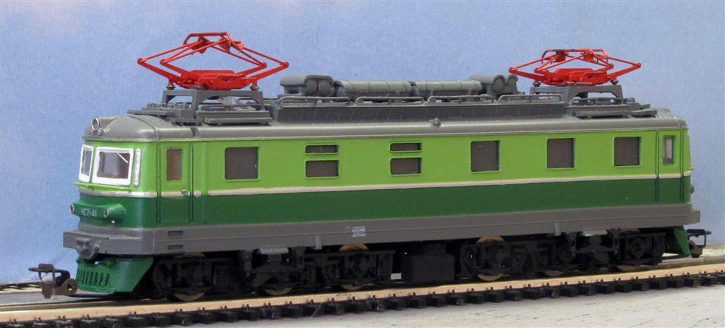 Модель электровоза ЧС2Т-411.