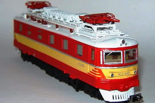 Модель электровоза ЧС2Т-448.
