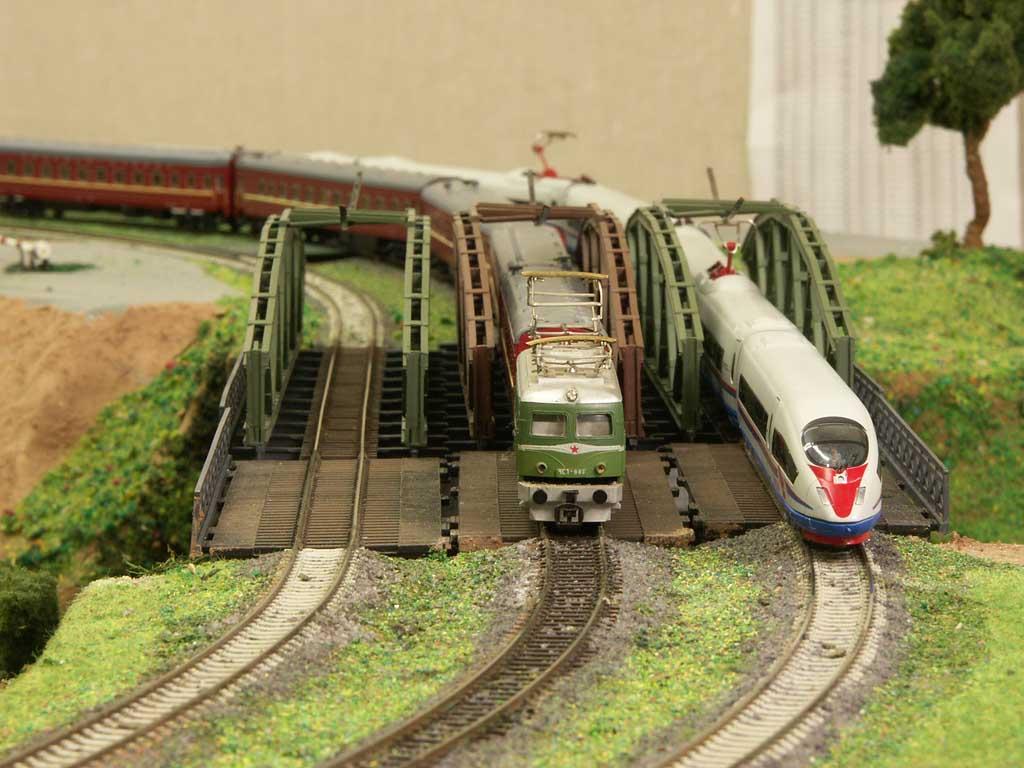 Смотреть как сделать поезд для